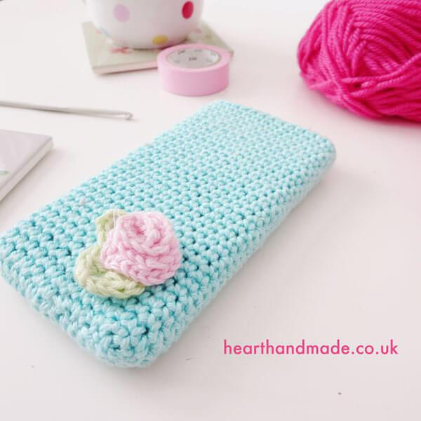 Crochet phone case free pattern