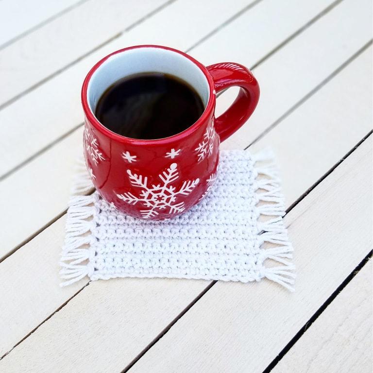 Mug rug free crochet pattern
