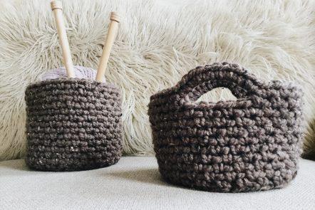 Crochet pattern hanging basket and table basket set