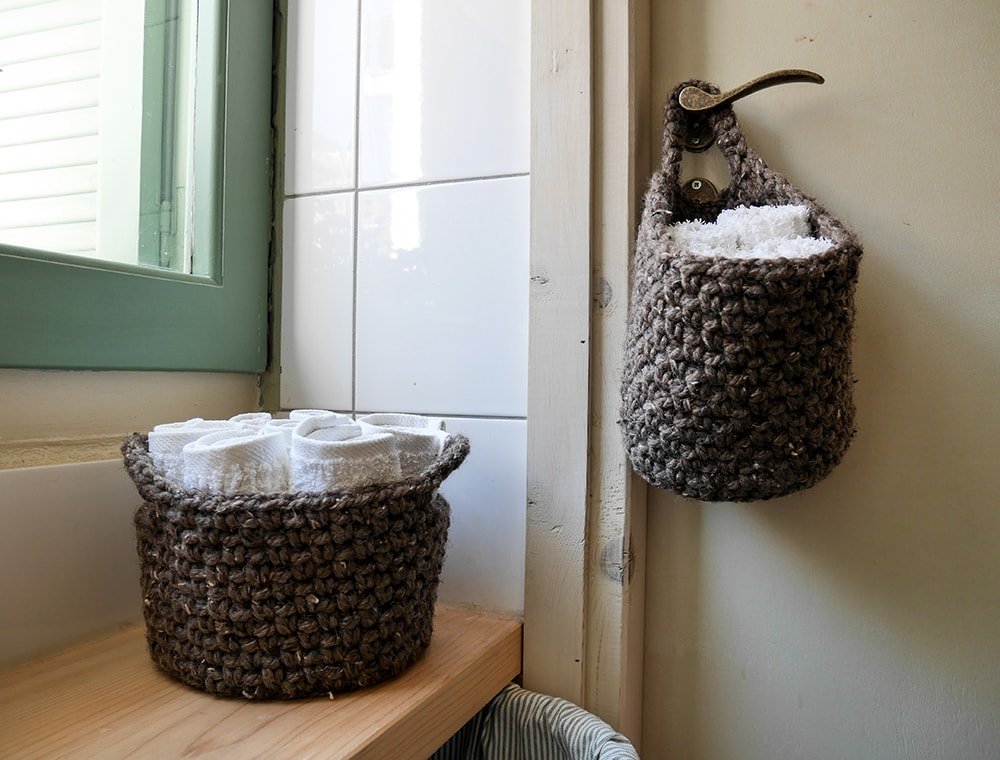 Crochet hanging basket | bathroom storage