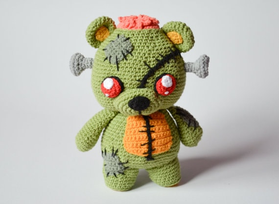 Frankie the teddy bear zombie | amigurumi pattern