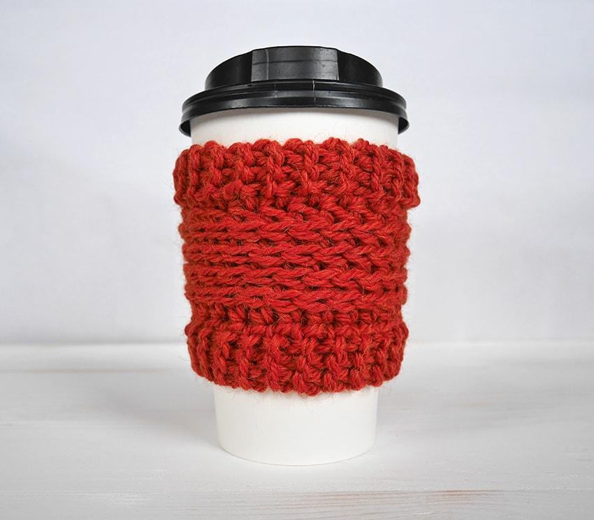 Free crochet pattern | Crochet cup cozy pattern