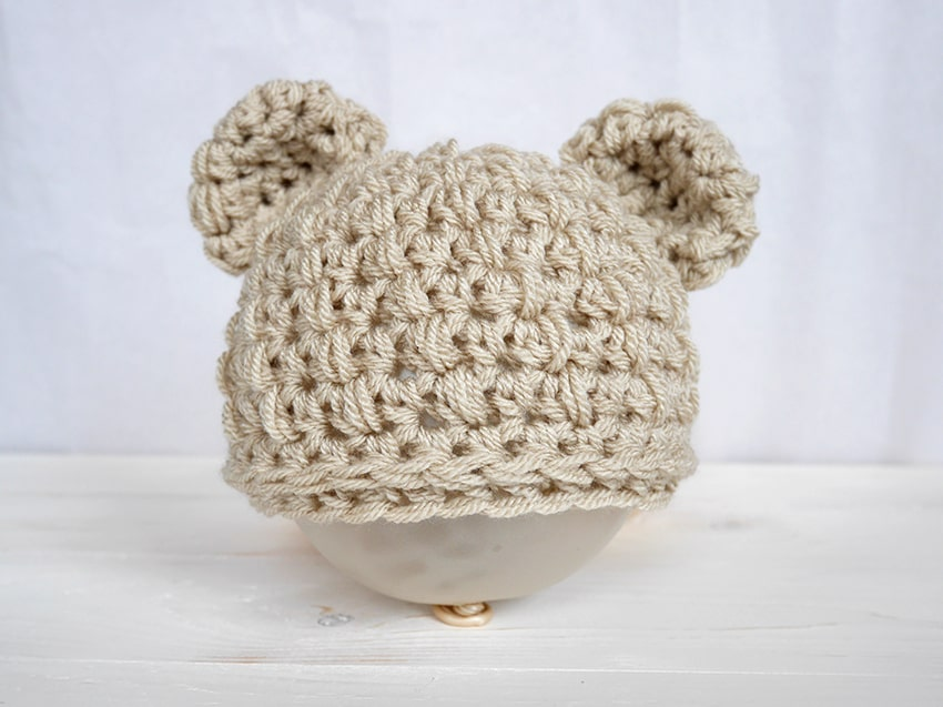 Crochet newborn hat pattern with bear ears