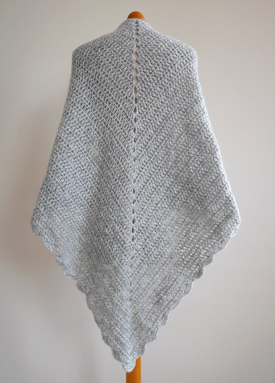 Beginner triangle shawl pattern