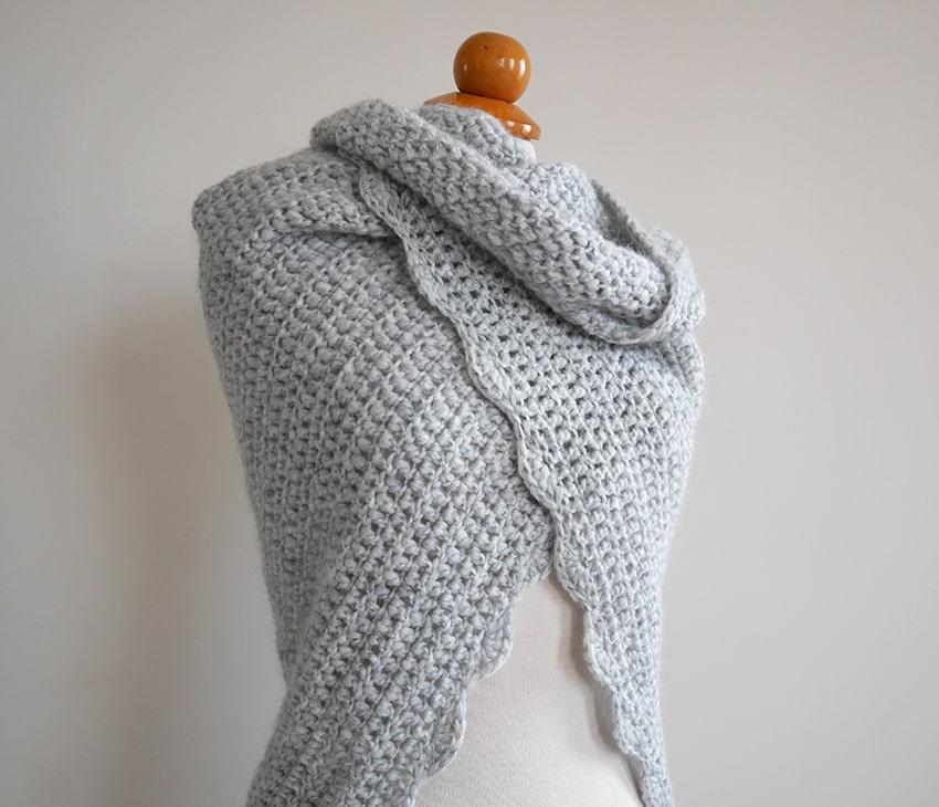 Beginner Triangle Shawl Free Crochet Pattern Mallooknits Com