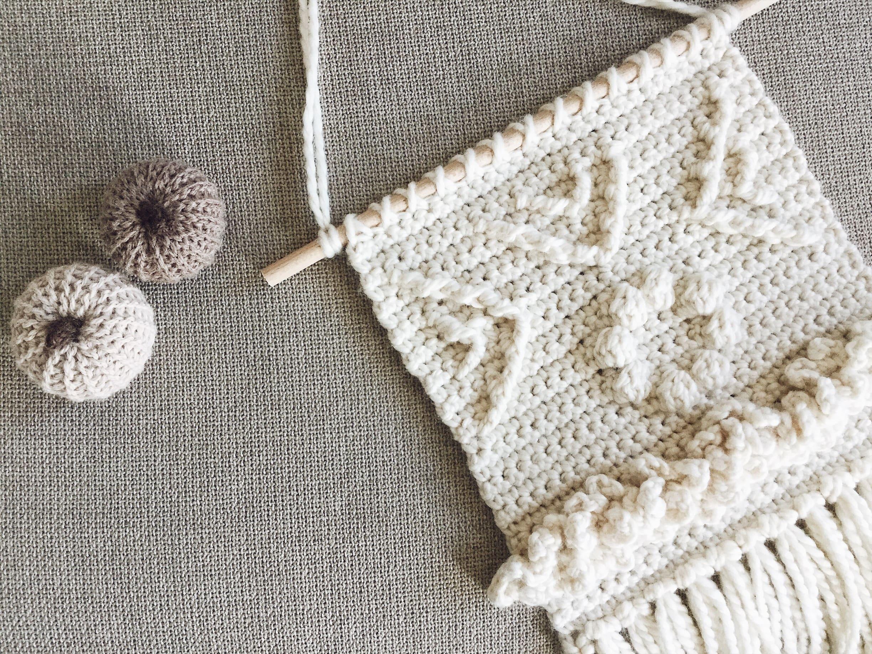 Crochet wall decor | wall hanger crochet pattern