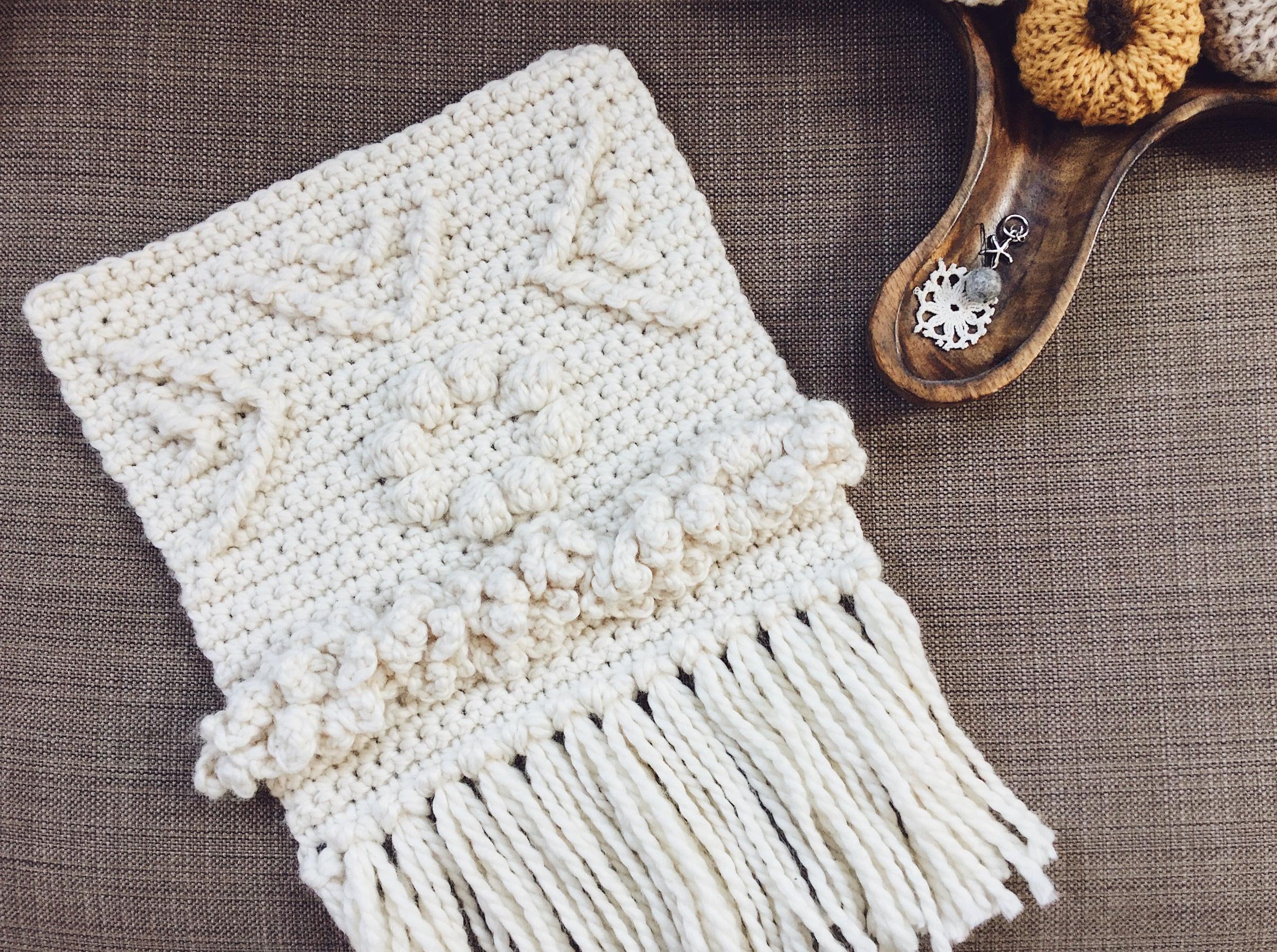Crochet pattern wall hanging