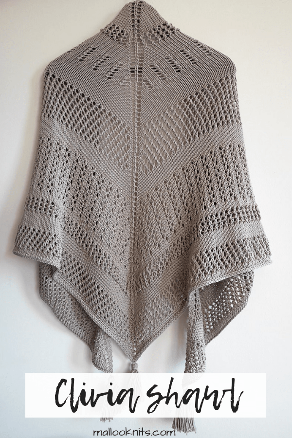 Meet the Clivia shawl by We are knitters. An intermediate knitting kit with an amazingly soft cotton yarn.