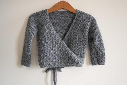 Crochet baby cardigan pattern