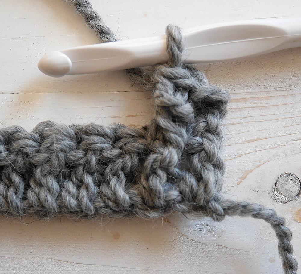 Front post double crochet tutorial