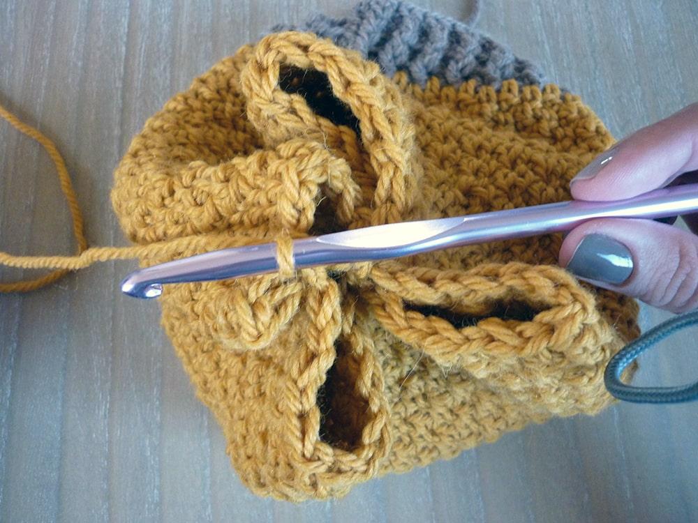 Crochet slouchy hat tutorial